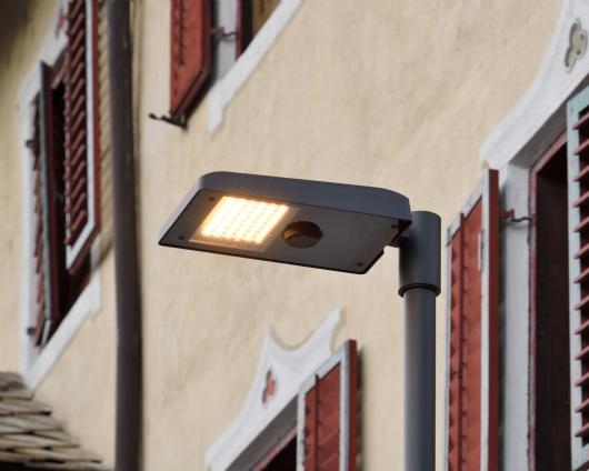 VILLANDRO/VILLANDERS: A TOWN ADORNED WITH SMART LIGHT 2
